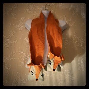 Knit Animals pocket scarf